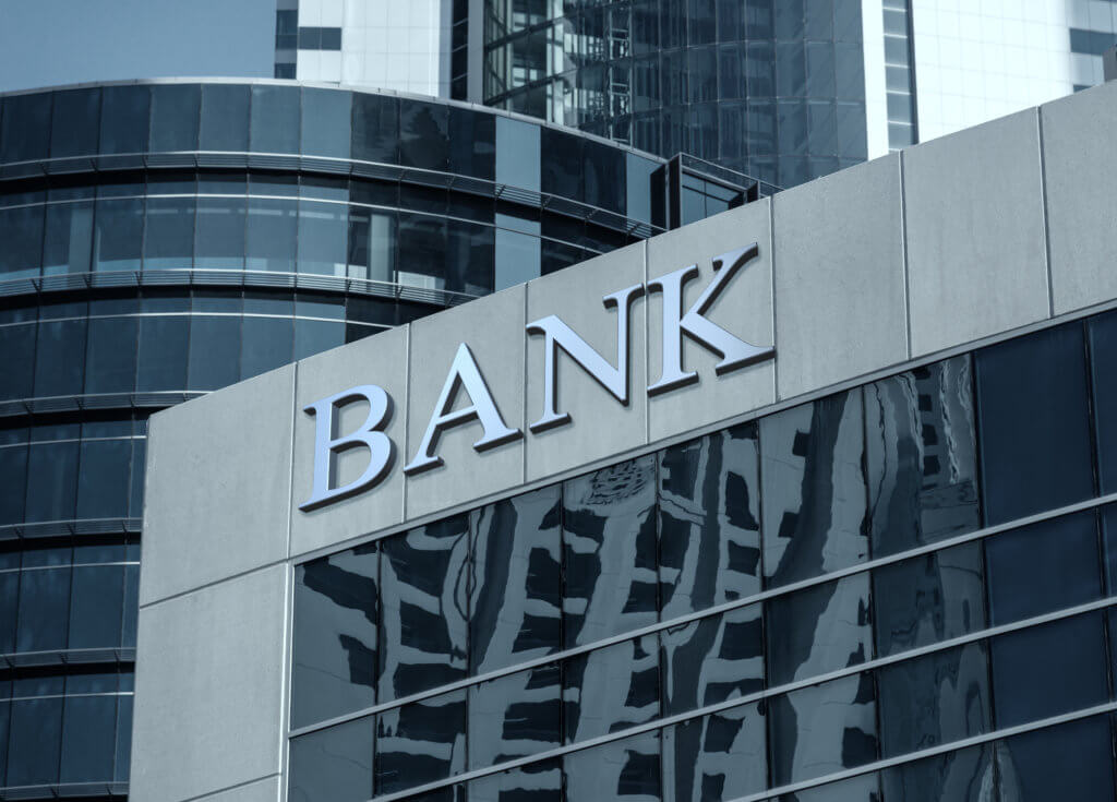 This image has an empty alt attribute; its file name is bank.jpg