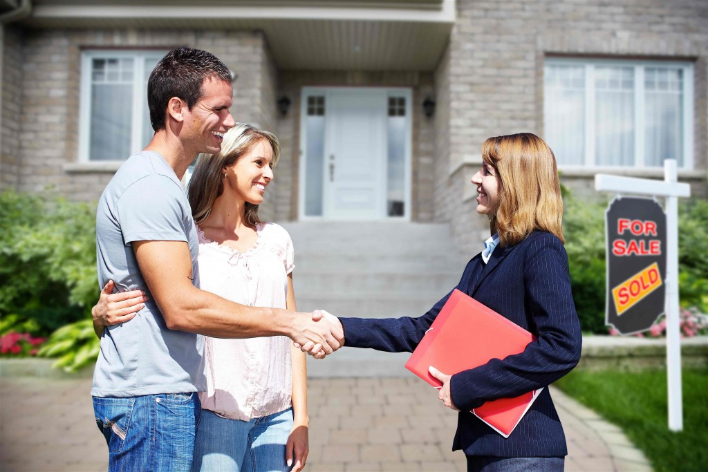 This image has an empty alt attribute; its file name is first-time-homebuyers3-1024x683-1.jpg