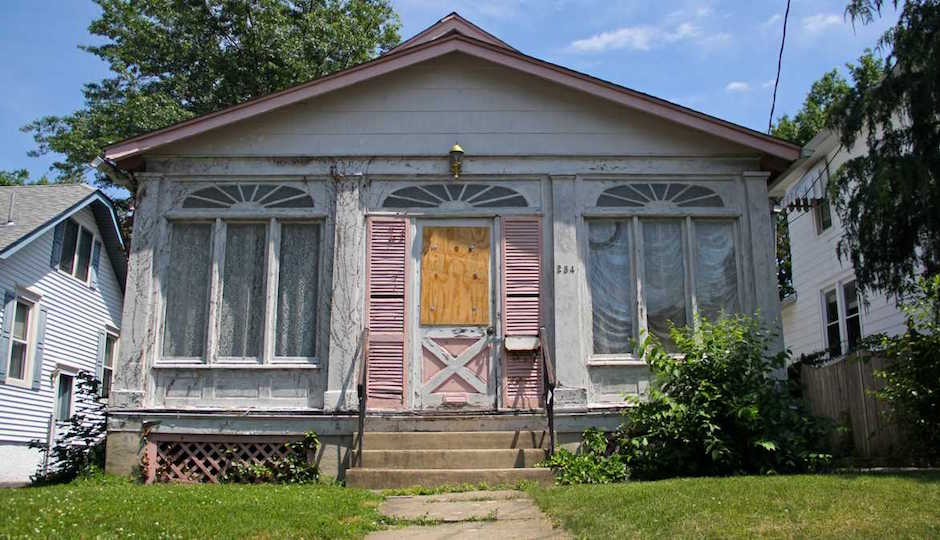 This image has an empty alt attribute; its file name is l_suburban-blight-1200x675-1.jpg
