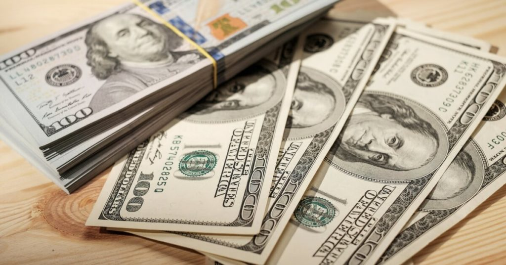This image has an empty alt attribute; its file name is money-1024x536-1.jpg